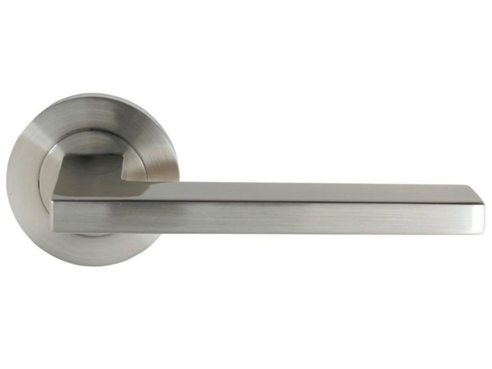 Windsor Brass Vector Lever On Round Rose