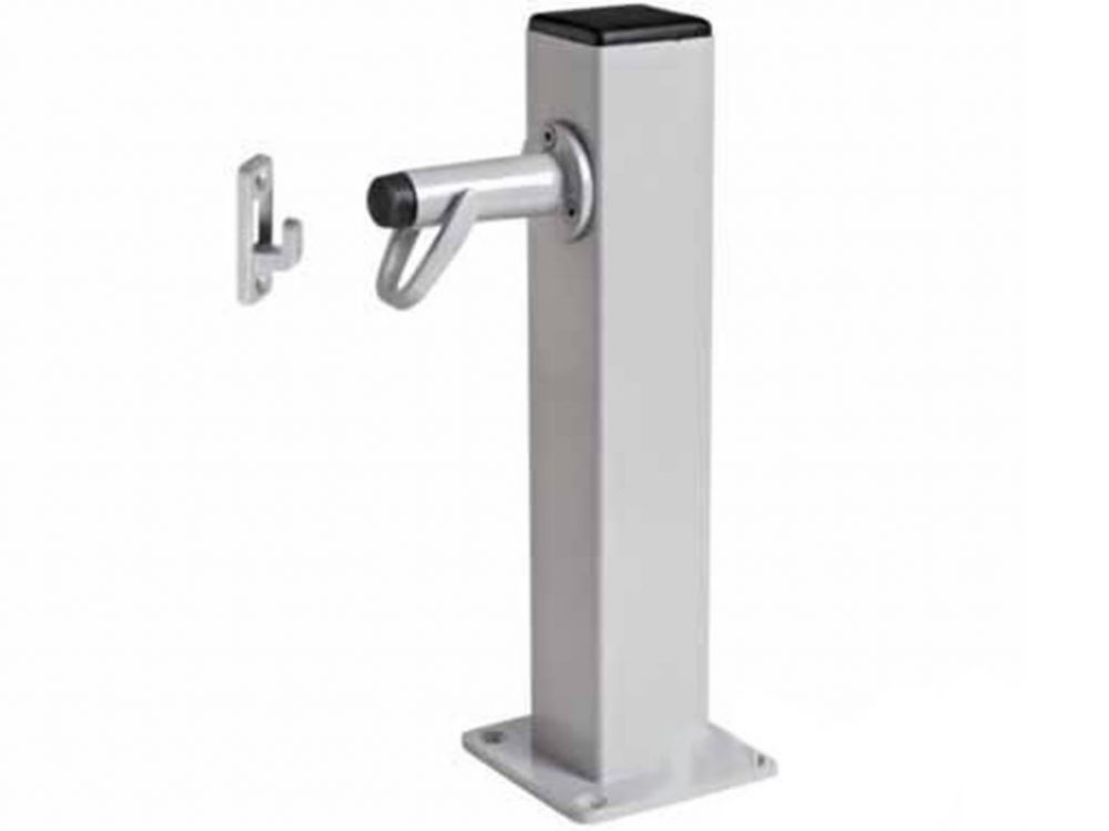 Windsor Brass Pedestal Post With Door Holder