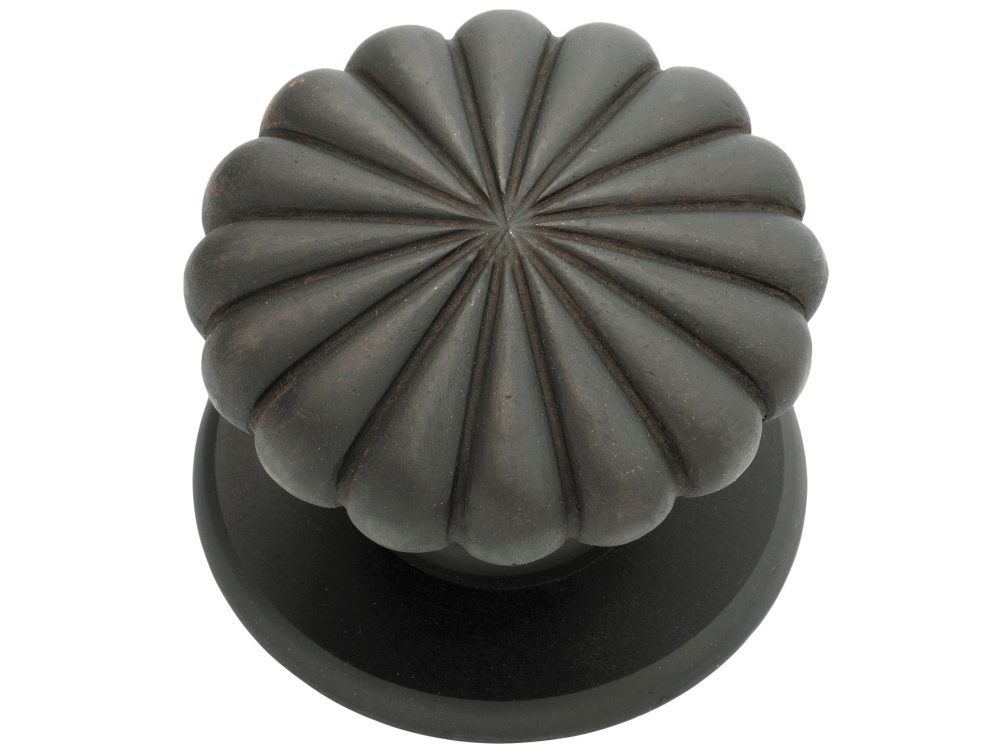 Fluted Entry Centre Knob