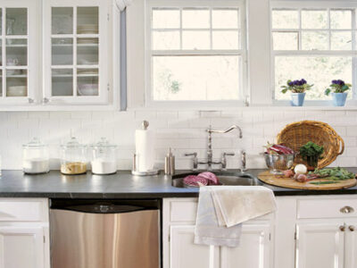 Cabinet Knobs & Cup Handles