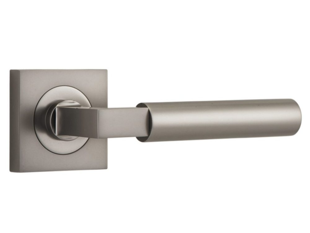 Bankston Berlin Satin Nickel Lever Handle On Square Rose